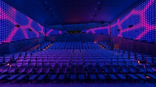 Bild einer Bühne ASTOR Film Lounge 1/2