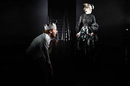 Darstellung einer Produktion Die Tragödie des Macbeth von William Shakespeare 1/3