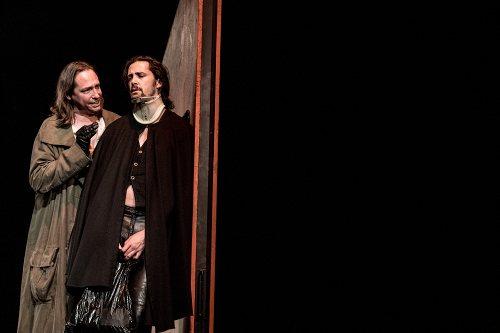Darstellung einer Produktion Amphitryon Lustspiel von Heinrich von Kleist nach Molière 2/12