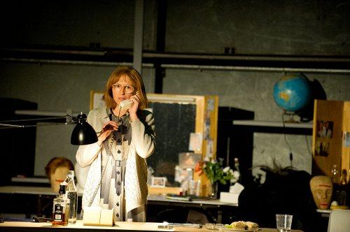 Darstellung einer Produktion Engel in Amerika Schauspiel von Tony Kushner 1/15