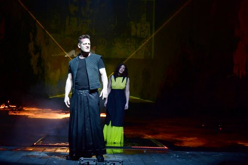 Darstellung einer Produktion Medea nach Euripides 1/7