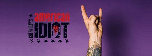 Darstellung einer Produktion Green Day's American Idiot Musical von Billie Joe Armstrong und Michael Mayer